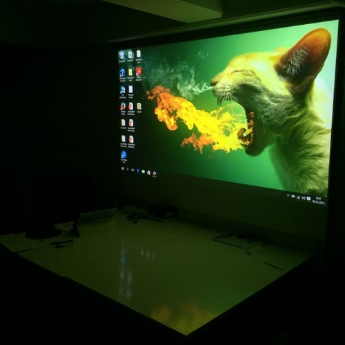 Bright-projected-image-using-Smart-Projector-Paint-Pro-functional-products