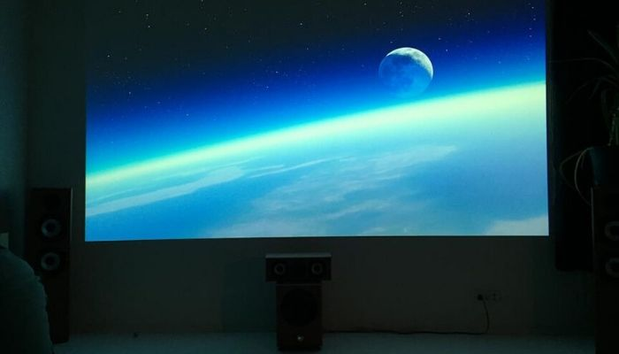 Projected-image-of-earth-on-Smart-Projector-Paint-Contrast-home-theater-screen