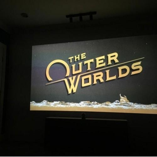 smart projector paint contrast used for gaming and home theatre
